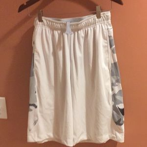 Men's Nike Pro Training Shorts Size Medium